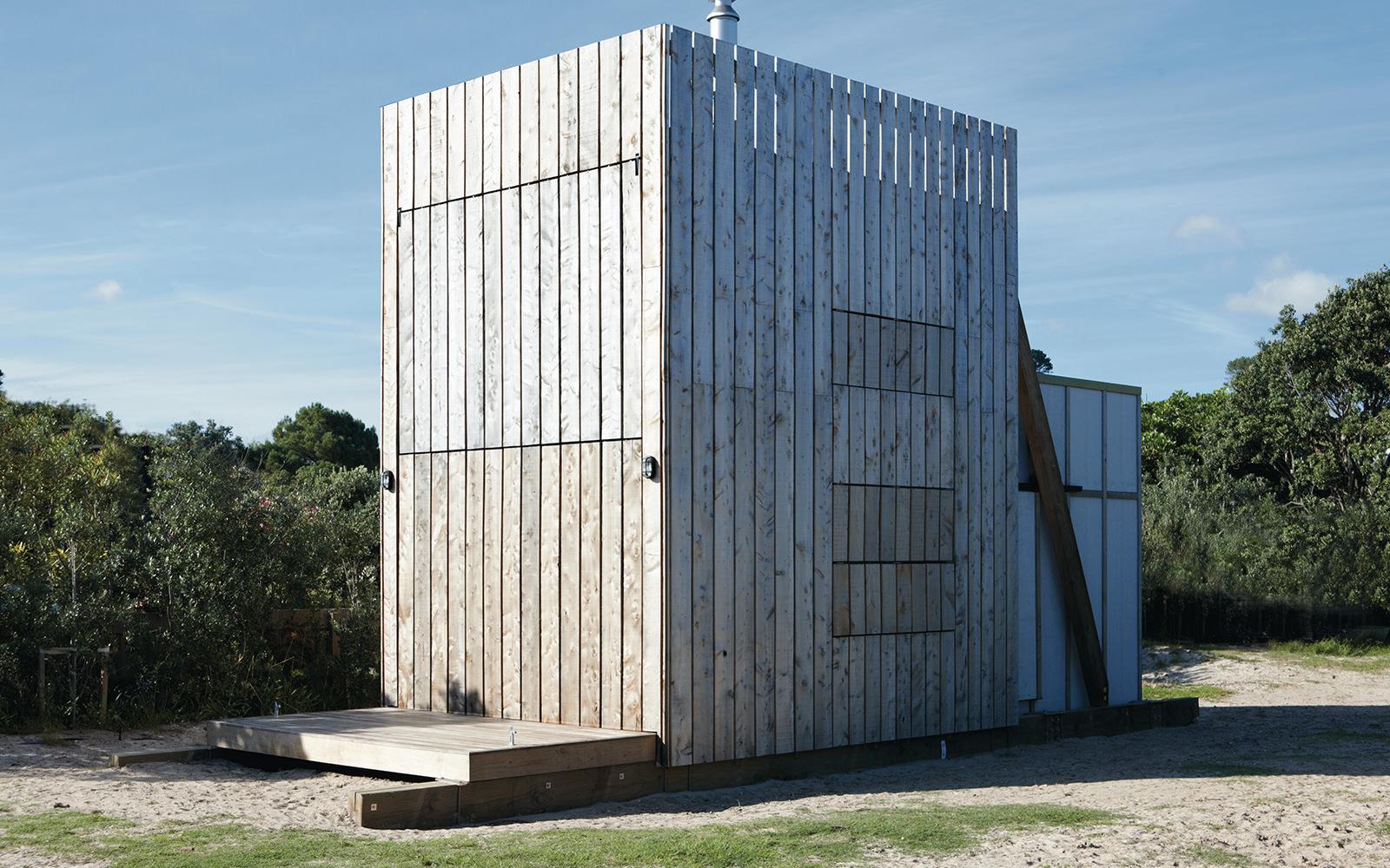 Portable kitchen island new zealand - Hut On Sleds Whangapoua