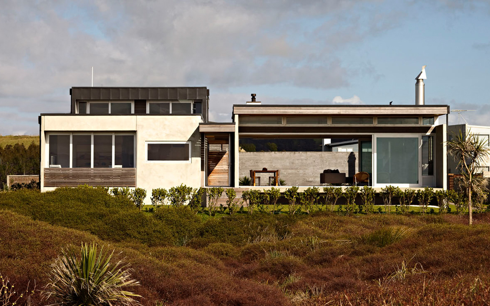 Coromandel Bach Beach Home Classic Kiwi Batch In