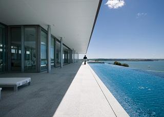 sleek modern architecture poolside in NZ